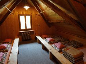 mattress-camp-436263_640.jpg